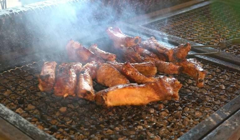 A Mantignana in settembre tutti attratti dai piatti della tradizione, si va avanti fino a domenica