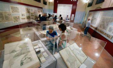 """Corciano Festival, visita guidata alla mostra """"L'Italia di mezzo, la cartografia storica"""""""