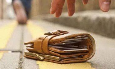 Chiede aiuto ai social corcianesi per farsi restituire il portafogli