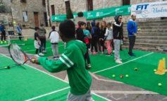 Tennis in piazza, protagonisti tanti alunni di Corciano. Tutte le foto