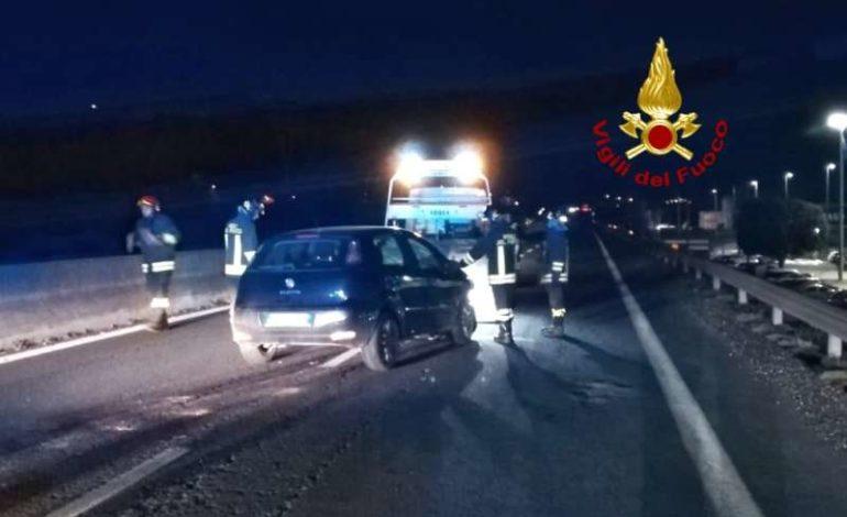 incidente raccordo Perugia Bettolle vigili del fuoco cronaca