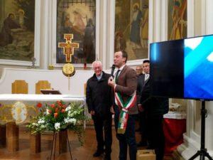 cardinale gualtiero bassetti chiesa chiugiana parrocchia restauro cronaca ellera-chiugiana
