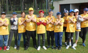 Gli alunni della Bonfigli all'esame del baseball