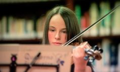 """Musica: la violinista Livia Stefani si esibirà a New York dopo la vittoria al concorso """"American Protégé"""""""