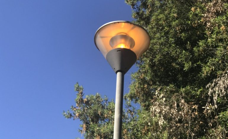 accesi energia lampioni sperechi cronaca
