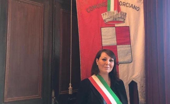 assessore Cristian Betti DIMISSIONI elena ciurnella politica sindaco politica