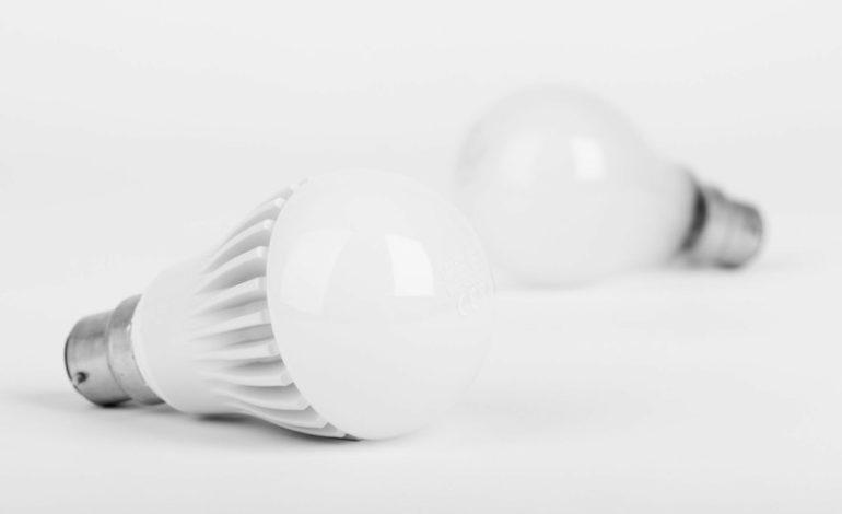 illuminazione investimenti led scuola cronaca