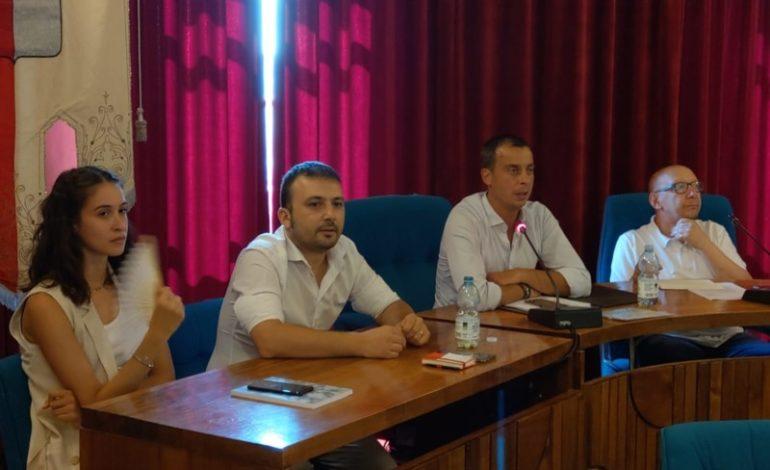 L'opposizione chiede le dimissioni di Betti: la risposta del primo cittadino