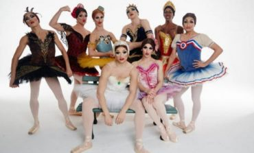 """La compagnia tutta al maschile """"Les Ballets Trockadero de Monte Carlo"""" sbarca al teatro Cucinelli"""