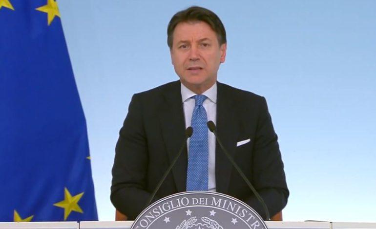 """Coronavirus, Conte: """"Tutta l'Italia zona protetta"""""""