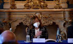 Covid, Regione: il contagio è difforme da comune a comune; domani summit sulle scuole
