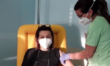 Covid: oggi la seconda dose di vaccino, l'Umbria supera quota 700 decessi