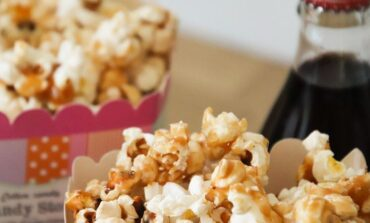 Cinema, nel weekend tornano i popcorn in sala