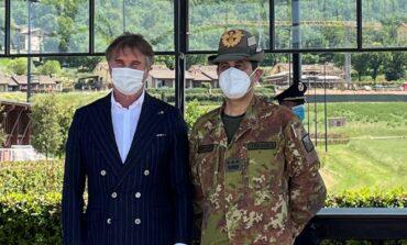 Visita in Umbria del commissario Figliuolo, ultima tappa il punto vaccinale di Solomeo