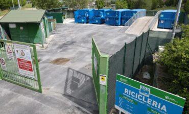 """Riapre la ricicleria di Mantignana, Caponi: """"Ancora più efficiente il centro di raccolta"""""""