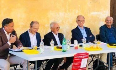 """""""I cavalieri sul dondolo"""", Giorgio Corrado firma un poemetto satirico sulla politica italiana"""